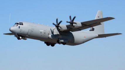 İtalya'nın dev nakliye uçağı Libya'da