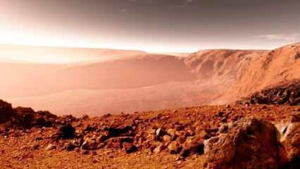 Mars'ta tuzlu su göletleri keşfedildi
