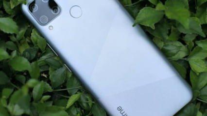 Realme'den fiyat/performans telefonu: Realme C15