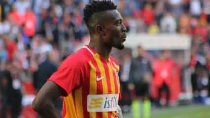 Galatasaray'dan Mensah için yeni teklif!