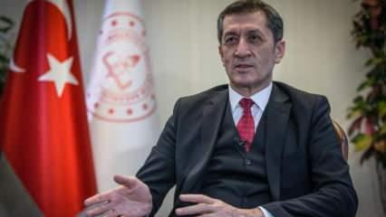 Milli Eğitim Bakanı Selçuk'tan anne-babalara çağrı