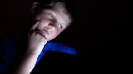 Teknolojiyi kontrolsüz kullanan çocuklar obez oluyor
