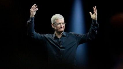 Apple CEO'su Tim Cook milyarder oldu