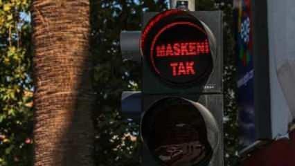 Denizli'de trafik ışıklarında 'maske' uyarısı