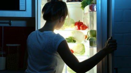 Gece acıkınca ne yenir? Diyette kilo aldırmayan ve tok tutan sağlıklı atıştırmalıklar