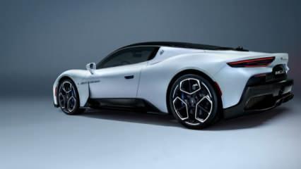 Süper spor otomobil MC20 görücüye çıktı
