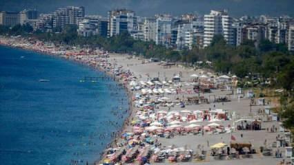 Antalya, 170 ülkeden 2 milyon misafiri ağırladı