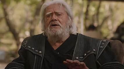 Kuruluş Osman'la ekranın tozunu atacak Cüneyt Arkın, diziyi ve yapımcıyı yere göğe sığdıramadı!