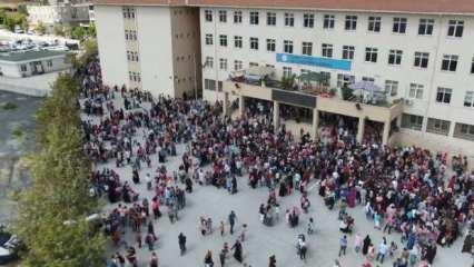 Bilim Kurulu üyesinden okullar için uyarı: Düzensiz kalabalıklar engellenmeli
