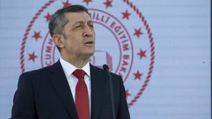 Bakan Selçuk'tan son dakika açıklaması: Fabrika ve otel içerisinde okul