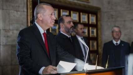 Cumhurbaşkanı Erdoğan'dan Anıtkabir'de çok önemli mesajlar