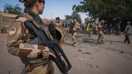 Fransa Mali'de 50 terörist öldürdü