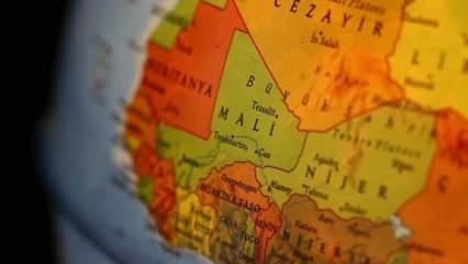Mali'de yolcu otobüsünü taradılar: 8 ölü