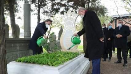 Erdoğan'dan Ahmet Kekeç'in kabrine ziyaret