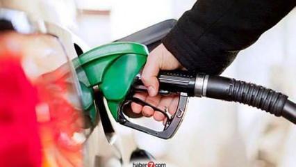 Benzine zam geliyor:  Gece yarısından itibaren yeni fiyatlar geçerli olacak!