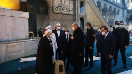 Cumhurbaşkanı Erdoğan Ayasofya'da! İşte günün fotoğrafları...