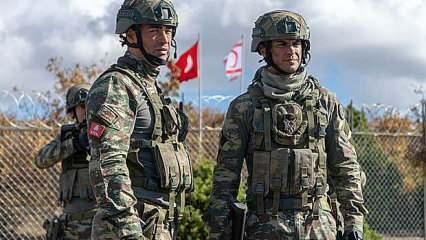 Fox TV askeri yapımı Savaşçı ile bağını koparan koparana! Ayrılıklar dur durak nedir bilmiyor
