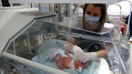 Annesi koronavirüsten vefat etti! Sezaryenle dünyaya gelen 32 haftalık bebek hayata tutunuyor