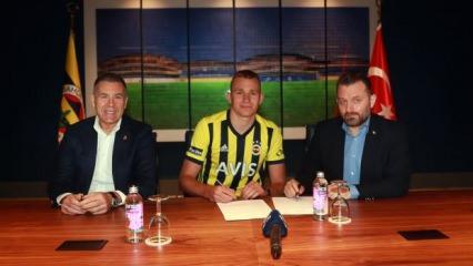 Fenerbahçe stoper transferini resmen duyurdu!