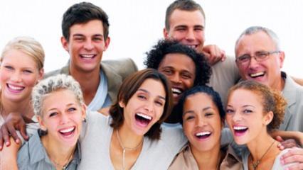 Rüyada gülmek hayırlı mıdır? Rüyada kahkaha atarak gülmek ne demek?