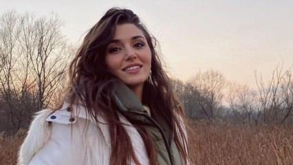 Sen Çal Kapımı dizisinin yıldızı Hande Erçel çocukluk fotoğrafını paylaştı!