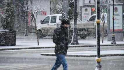 İstanbul'da kar devam edecek mi? Meteoroloji açıkladı...