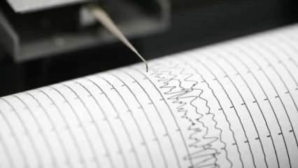 İzmir'de korkutan depremler! 6. kez yine şiddetli sallandı