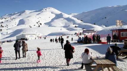 Son dakika: İçişleri Bakanlığı'ndan kayak merkezleri için genelge