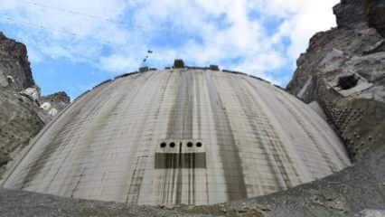 Türkiye'nin en büyük baraj projesinde son 1 metre