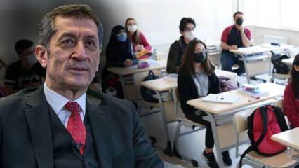 MEB Bakanı Ziya Selçuk açıkladı! Okullar ne zaman açılacak? 8 ve 12. sınıflar ile birlikte...