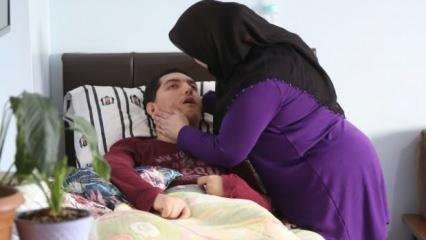 Ölümcül hastalığa yakalanan Enes 9 yıldır derdini ağlayarak anlatıyor!