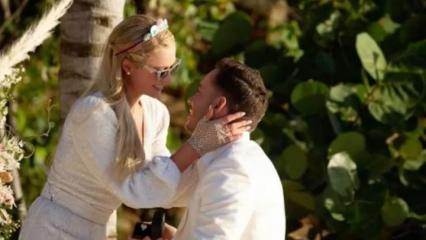 40'ncı yaş gününde nişanlanan Paris Hilton'dan Carter Reum ile romantik pozlar!