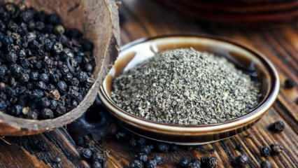 Karabiberin faydaları nelerdir? Öksürüğü anında kesen bal ve karabiber nasıl hazırlanır?