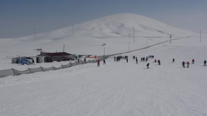 Van'da kayak ve kaplıca keyfi bir arada yaşanıyor