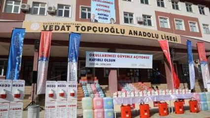 Gaziantep'teki okullar açılışa hazır! Büyükşehir okullara 1 yıllık temizlik malzemesi dağıttı