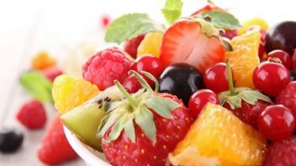 Meyve kilo aldırır mı? Yemekten sonra meyve yenir mi? Aç karna meyve yemenin faydaları..