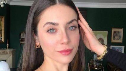 Oyuncu Fulya Zenginer'den hayranlarına sürpriz!