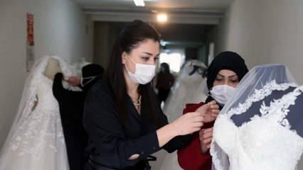 Suriyeli kadınlar Ankara'da dikiş atölyesinde çalışıyor!