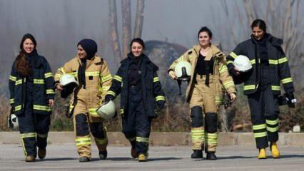 Bursa'da zorlu eğitimlerden geçen kadın itfaiyeciler olaylara karşı teyakkuzda bekliyor