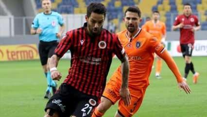 Başakşehir 10 maçlık hasretine son verdi!