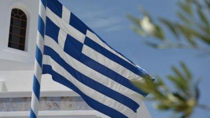 Yunanistan şokta! Ekonomisi yüzde 8,2 küçüldü