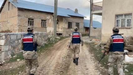 Kayseri merkezli uyuşturucu operasyonu: 12 gözaltı