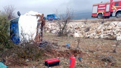 Feci kaza! Otomobil şarampole devrildi: 2 ölü, 3 yaralı