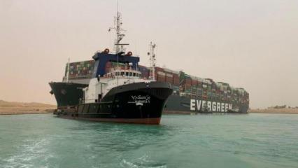 Süveyş Kanalı'nda karaya oturan geminin şirketi özür diledi