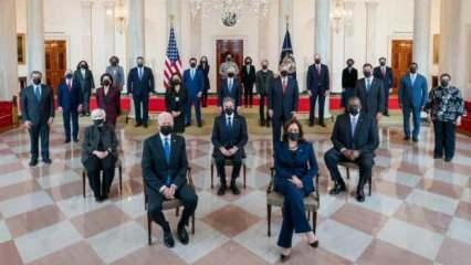 Bu fotoğraf ABD'de 'başkan kim' tartışması başlattı