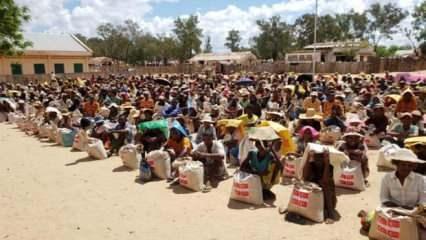 Türk insani yardım kurumları, Madagaskar'da 5 bin aileye gıda yardımı yaptı