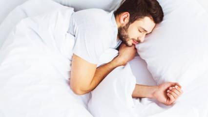 Uyku uyumak orucu bozar mı? Ramazan'da oruçluyken fazla uyumak caiz midir: Sevabı düşer mi?