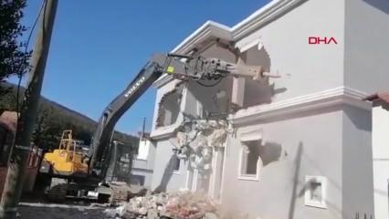 Bodrum'da kaçak kaçak villalar yıkılıyor