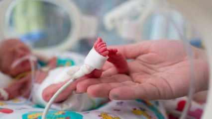 1900 gram doğan bebeğin kalbindeki delik anjiyo yöntemiyle kapatıldı