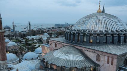 Ayasofya Camii'nin minaresinden İstanbul manzarası